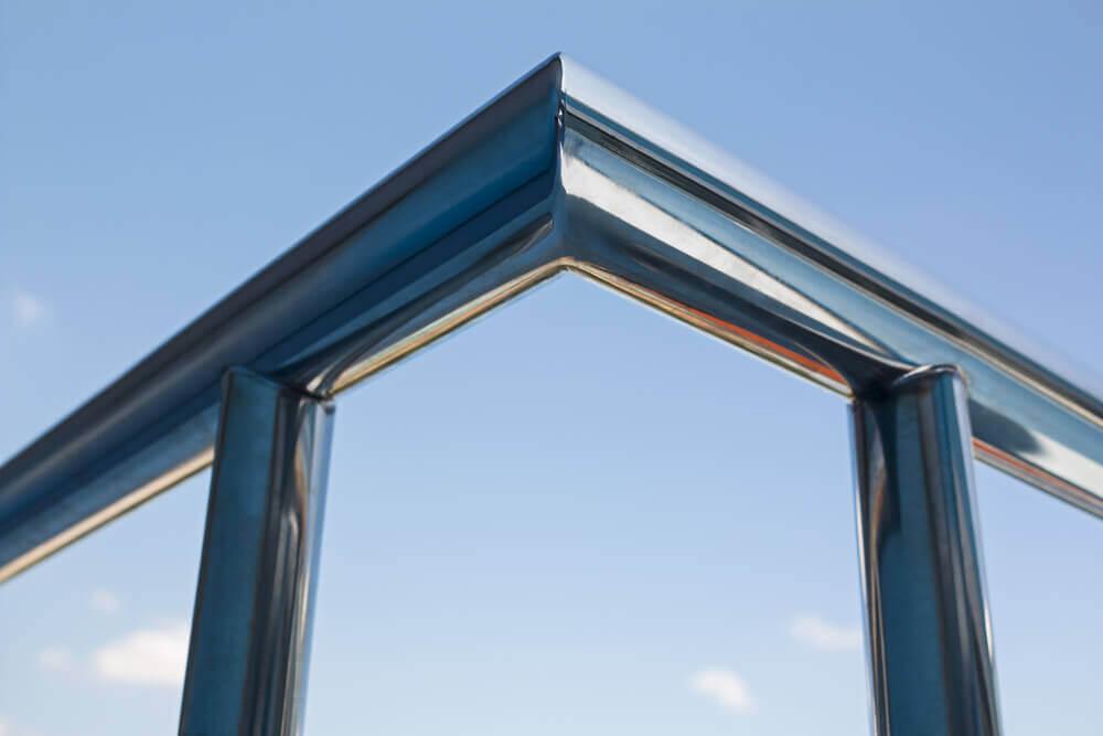 גדר מזכוכית לבריכה