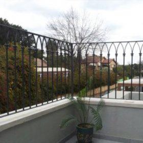 גדר למרפסת